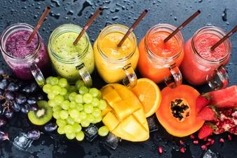 طرز تهیه نوشیدنی های خنک و گوارا برای روزهای گرم تابستان!